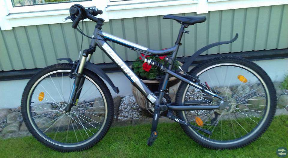 Cykel Mountainbike, landsvägsanpassade egenskaper