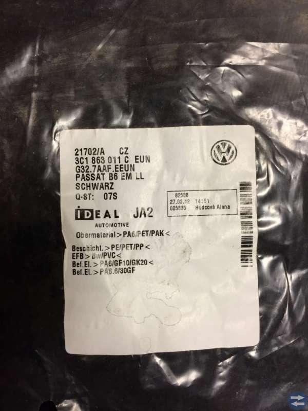 Golvmattor till Passat - nya i förpackning