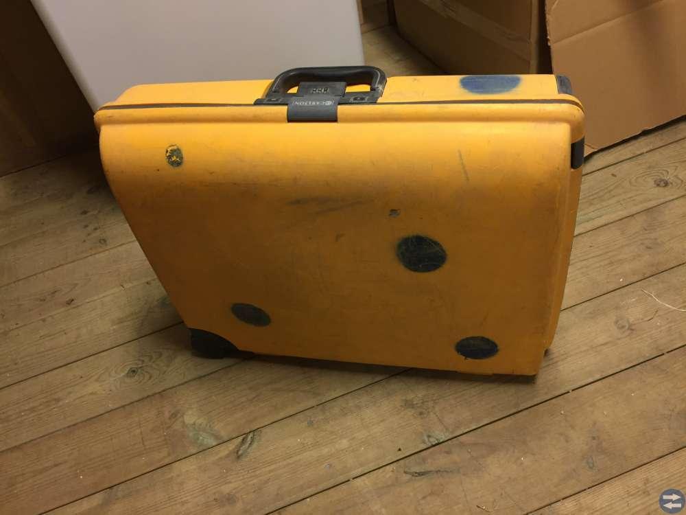 Unik resväska slumpas