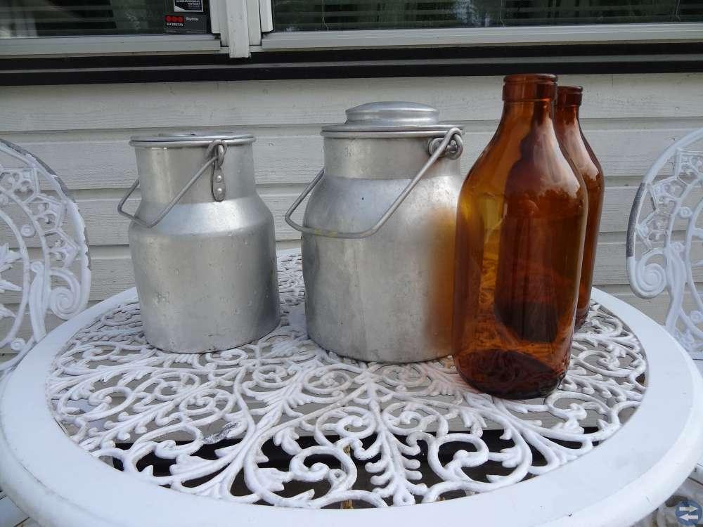 Mjölkflaskor och Mjölkkruka