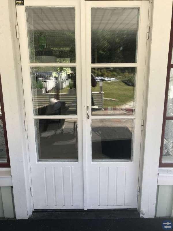 Fönster+ balkongdörr