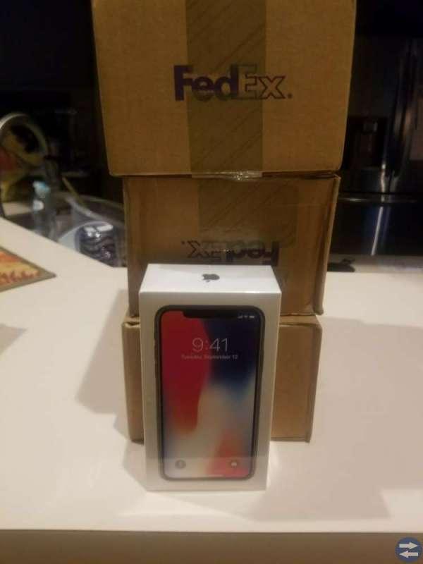 Apple iPhone X 10 Apple iPhone 8Plus