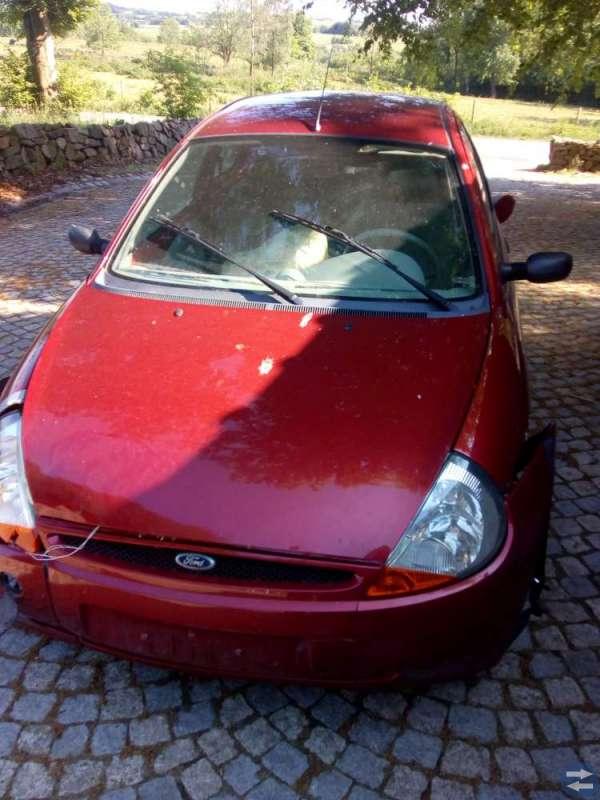 Min lilla krockade Ford KA 2007