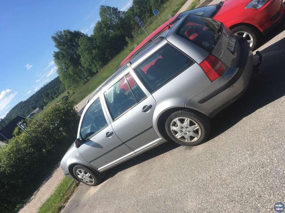 VW golf 4 1,6 kombi + drag . BESIKTAD
