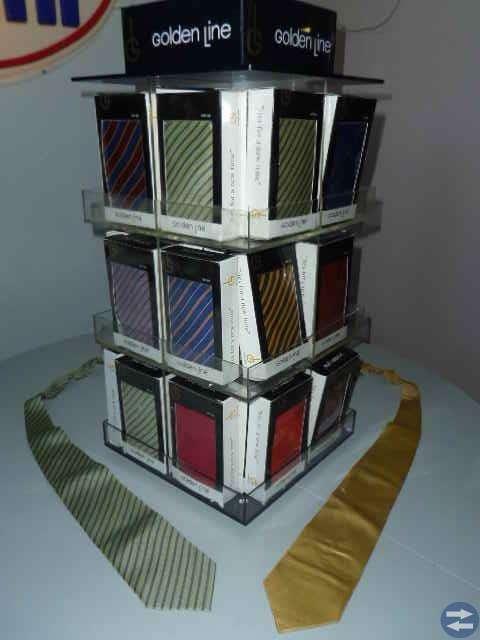 Litet parti nya slipsar Billigt! Loppis/marknad?
