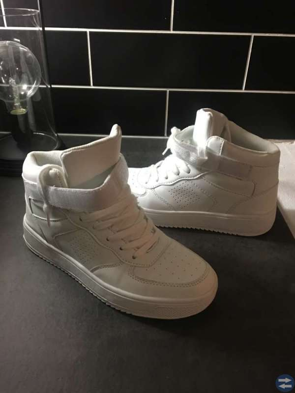 Sneakers vita NLY