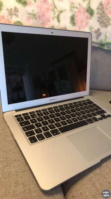 Säljer en mackbook air