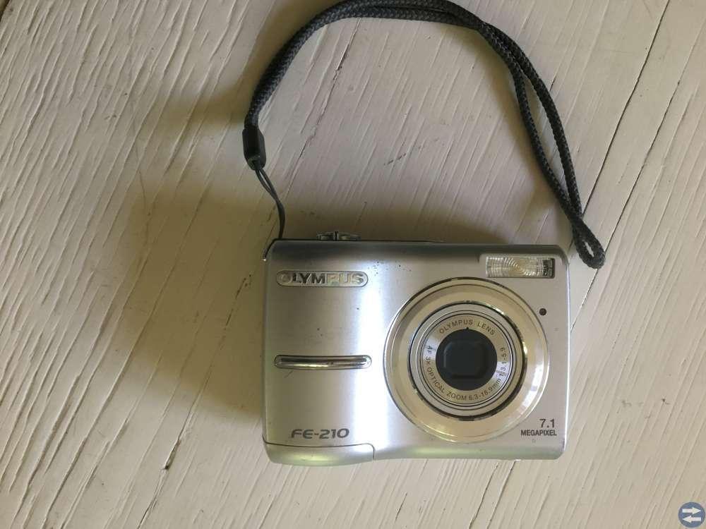 Kamera OLYMPUS FE-210