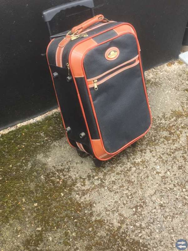 Kylryggväska och resväska