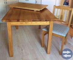 Köksbord + 4 stolar och 3 st stolar