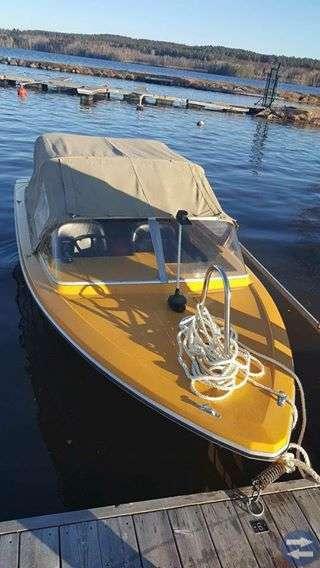 Motorbåt med  trailer 80 km/h