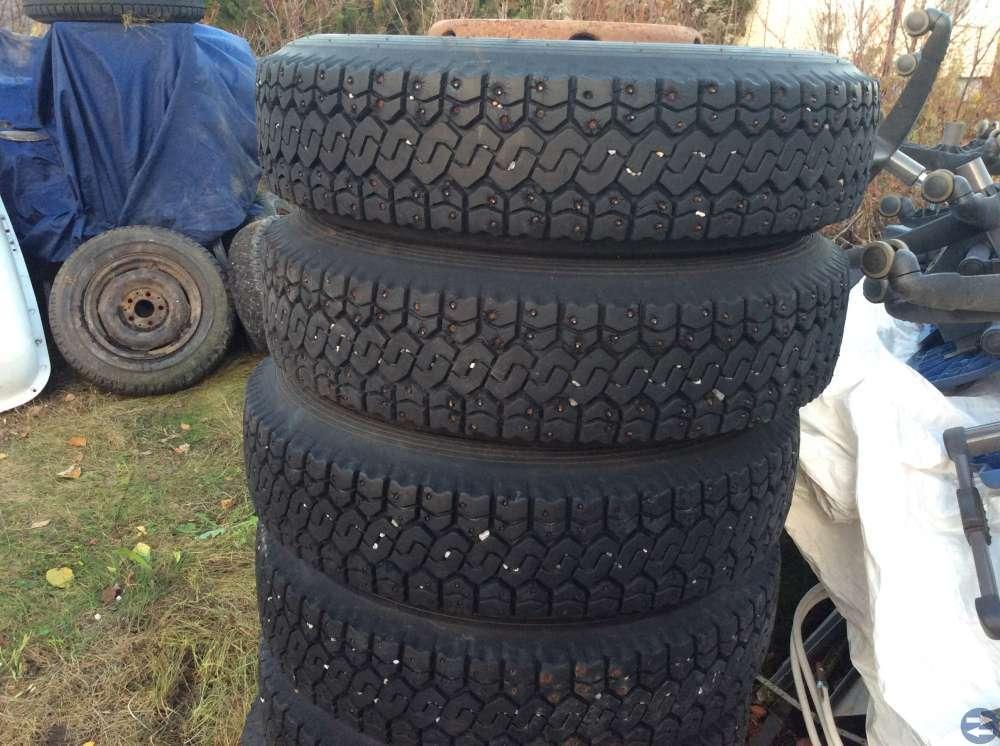 6st dubbade vinterhjul till lastbil volvo F610