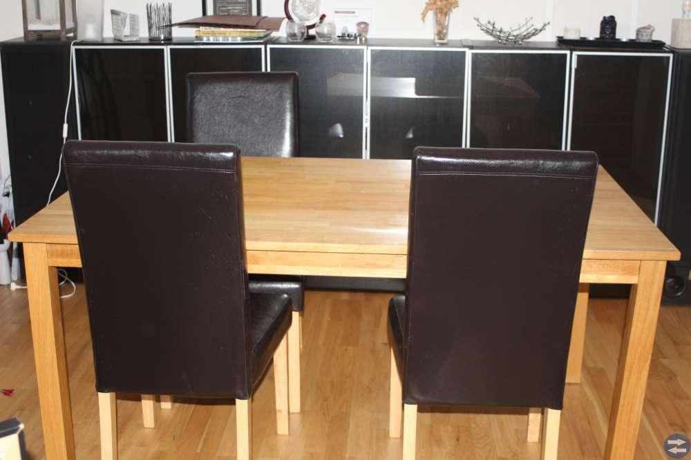 Bord + 4 stolar