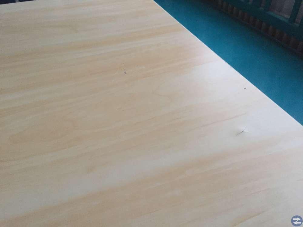 Köksbord med 4 stolar