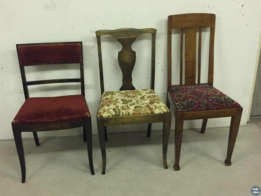 Stolar, litet bord