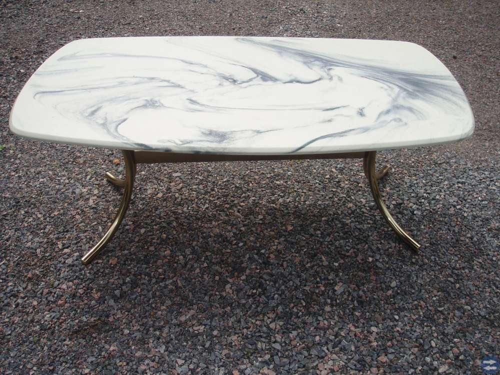 Marmor bord i bra skick
