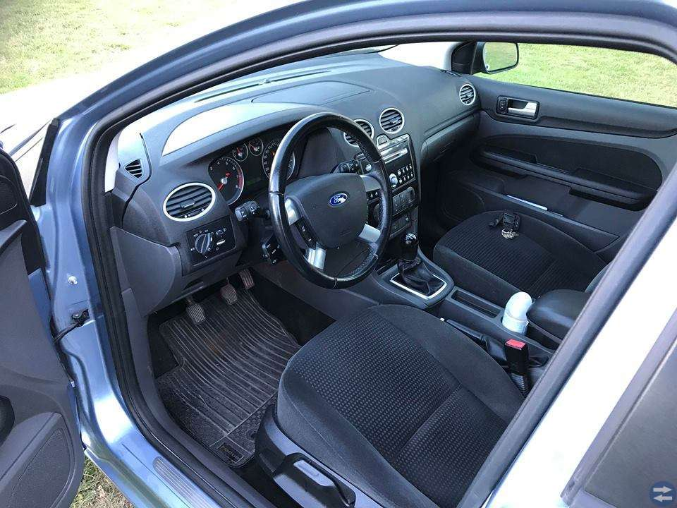 Ford Focus GHIA 1,8 125HK KOMBI FLEXIFUEL -06