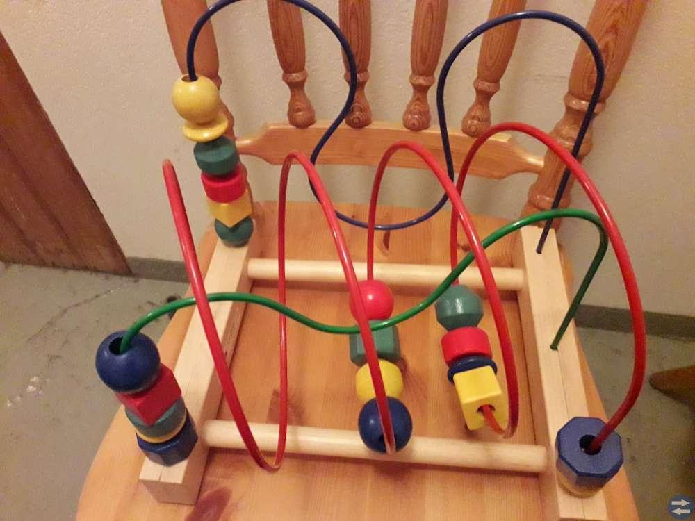 4 Leksaker för 200 kr