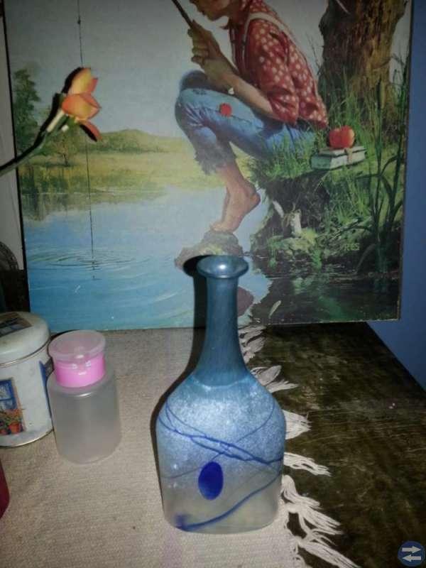En flaska,plus mässing