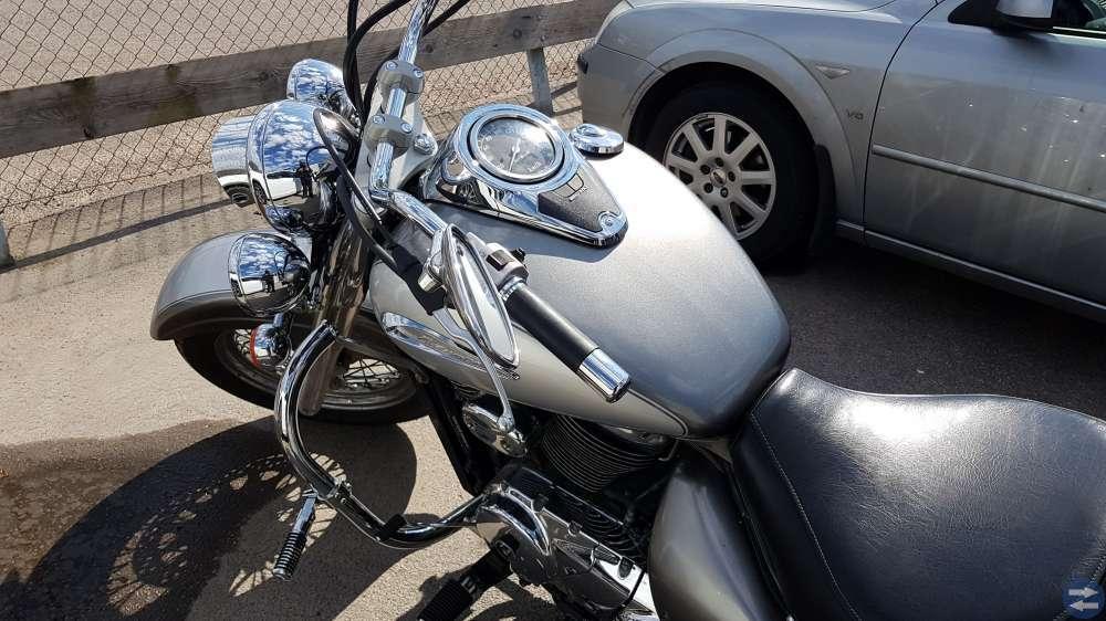 Suzuki VL800 -02