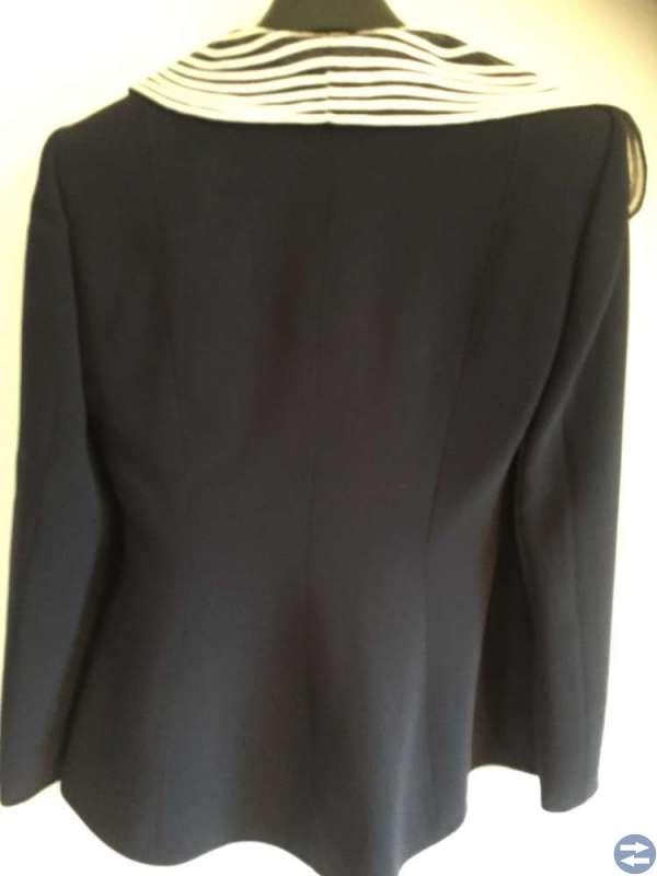 Dam kostym från Paris (Alliage), storlek 38