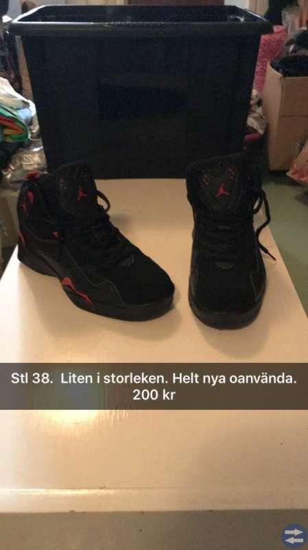 Helt nya oanvända Nike Jordan  stl 37/38