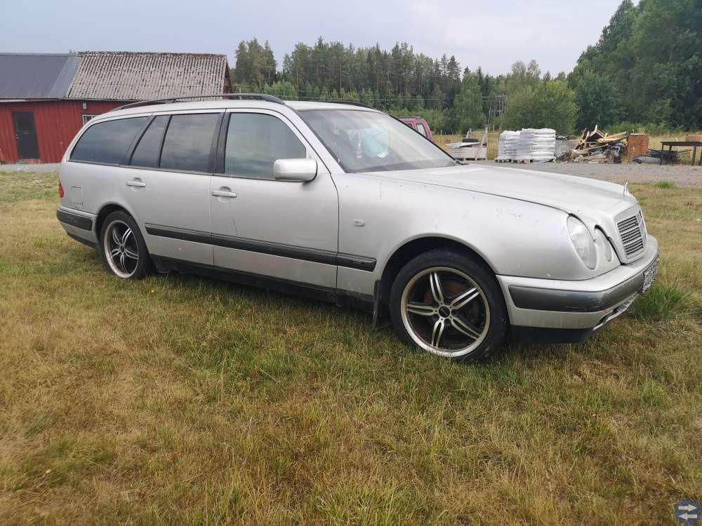 Mercedes 230t