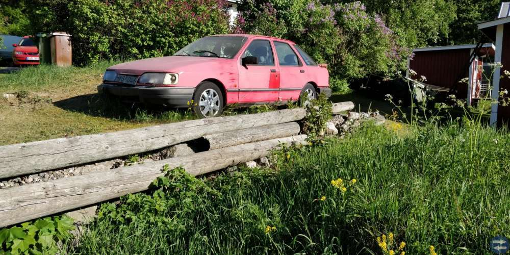 Ford Sierra 2,9fl 5d5v 1991 Röd med v6:a