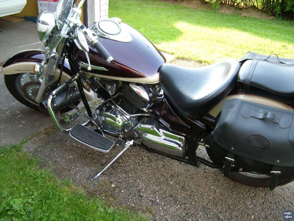 Motorcykel yamaha 1100 dragstar
