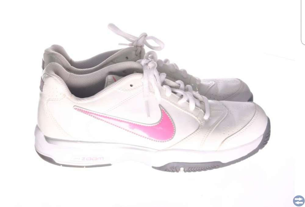 Nike skor stl. 38.5
