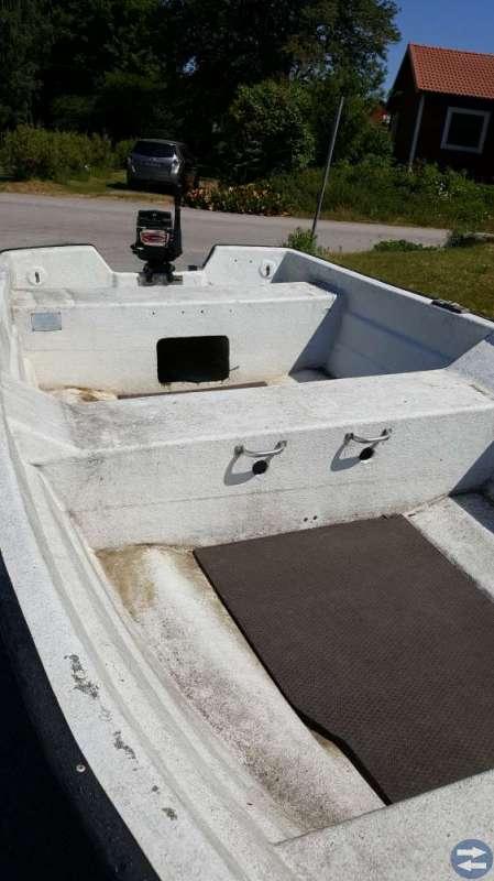 Båt, motor&båtkärra.