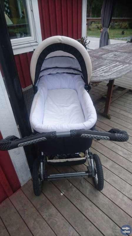 Barnvagn, babysitter
