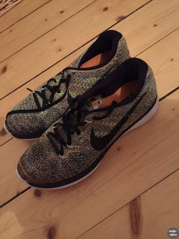 320441a2533 Nike running - Enköpingtorget.se - Annonsera gratis på Enköpings ...
