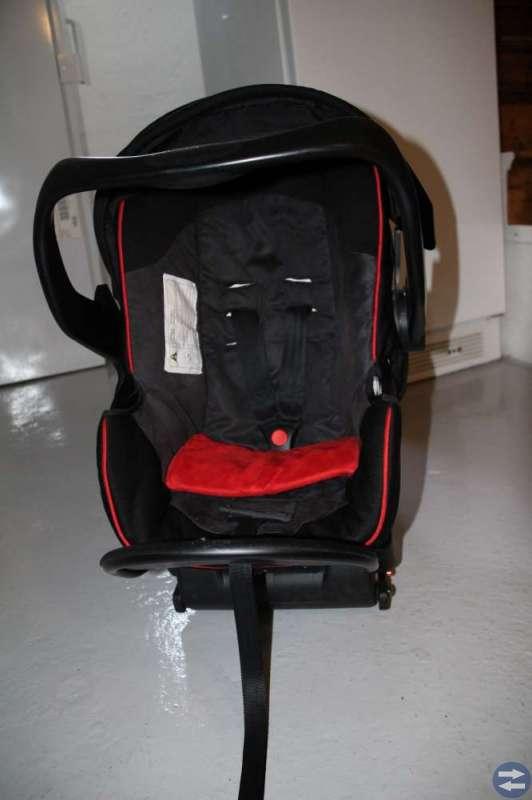 Babyskydd (Brio) för bil, m ISOfix-adapter