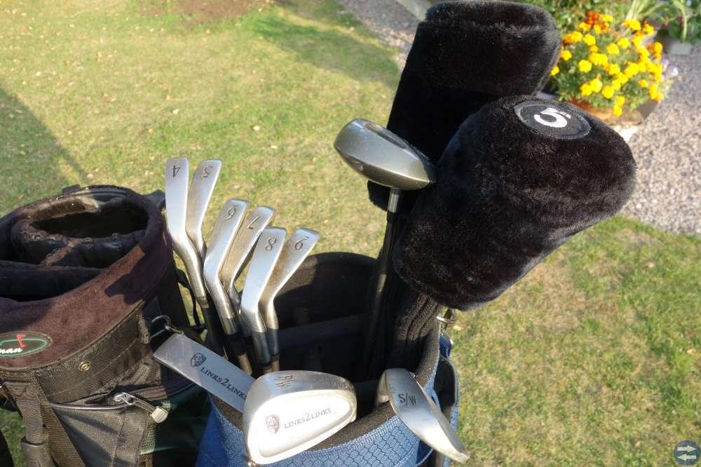 Golfklubbor med bag