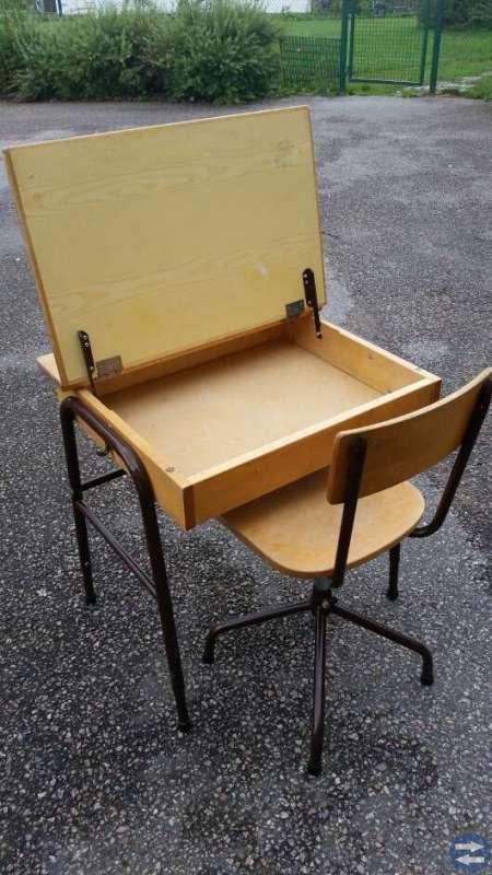 Skolbänk med stol