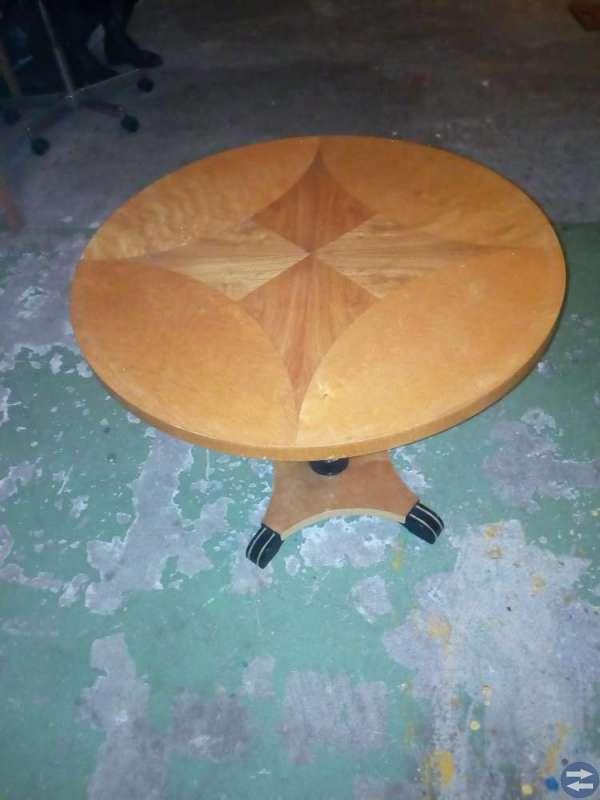Soffa+bord+lampa+vinställ