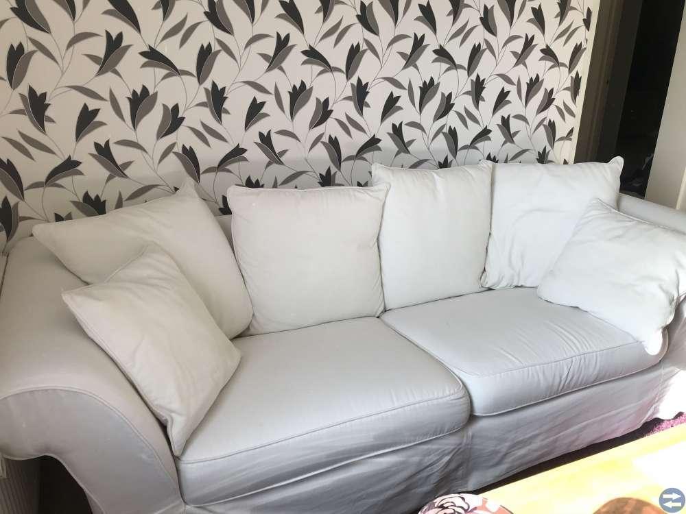 Vit soffa från Mio