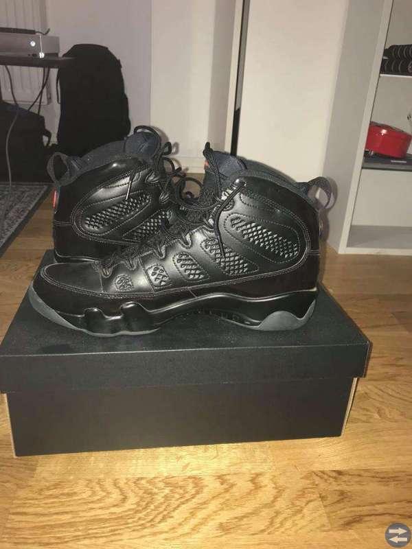 Air Jordan 9 (Bred) strl 46