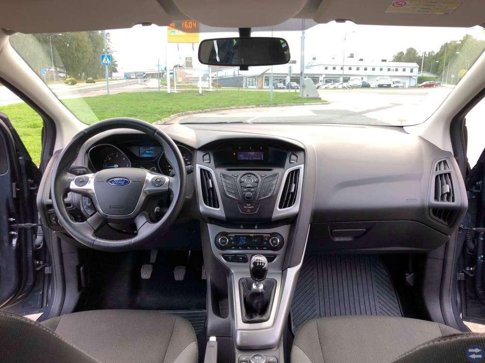 Ford Focus 1.6 TDCI -Dragkrok - Årsmodell 2012