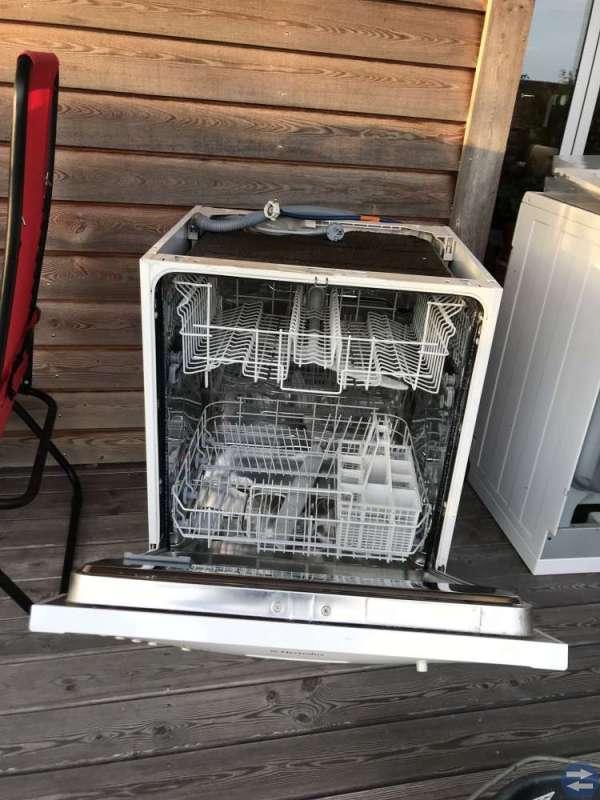 Diskmaskin och diskbänk