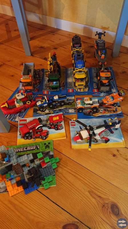 Lego komplett med beskrivning