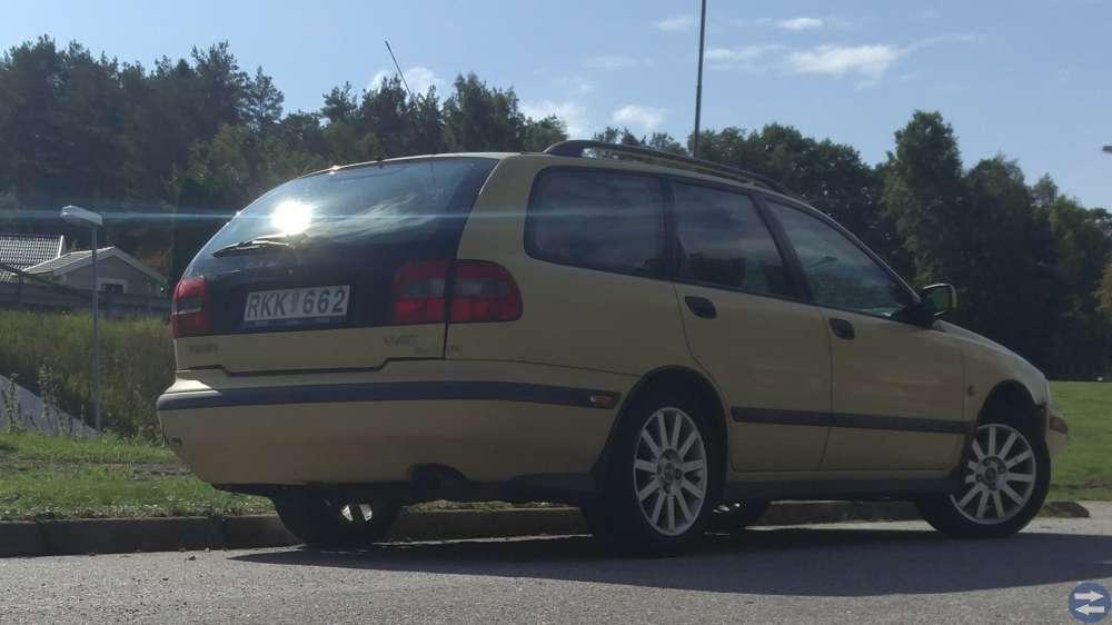 Volvo V40 kombi, 160hk, ca 15000 mil -00