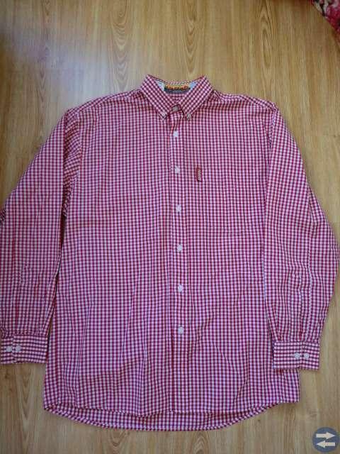 Skjorta i nyskick