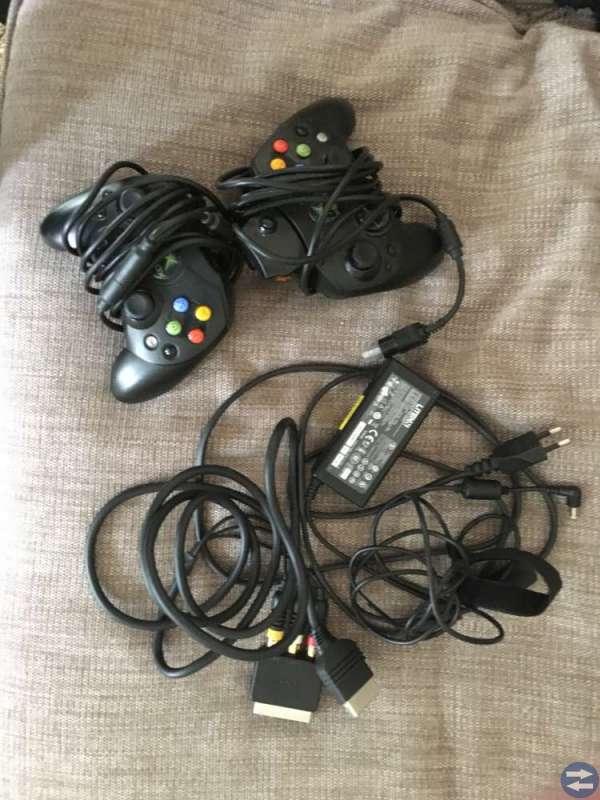 Xbox med spel säljes