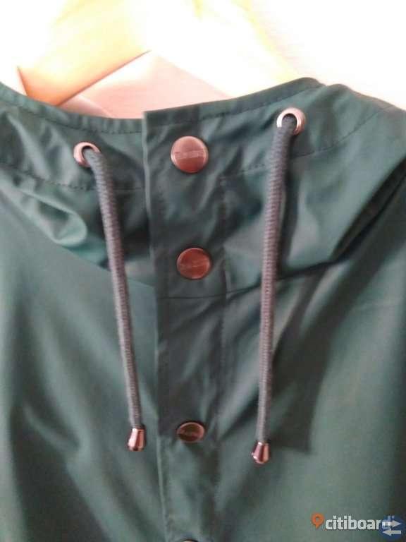 Classical RAINS coat