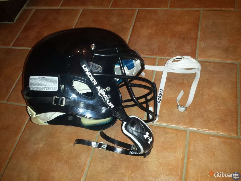 Am. fotboll. hjälm. Schutt DNA PRO PLUS - XL BK