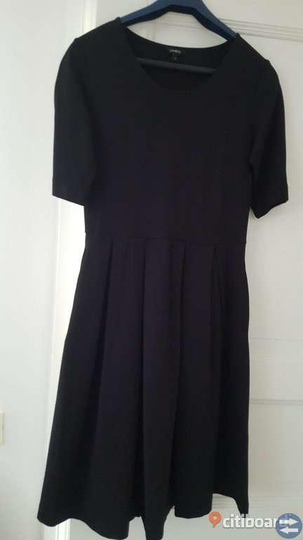 Lindex klänning st. S.