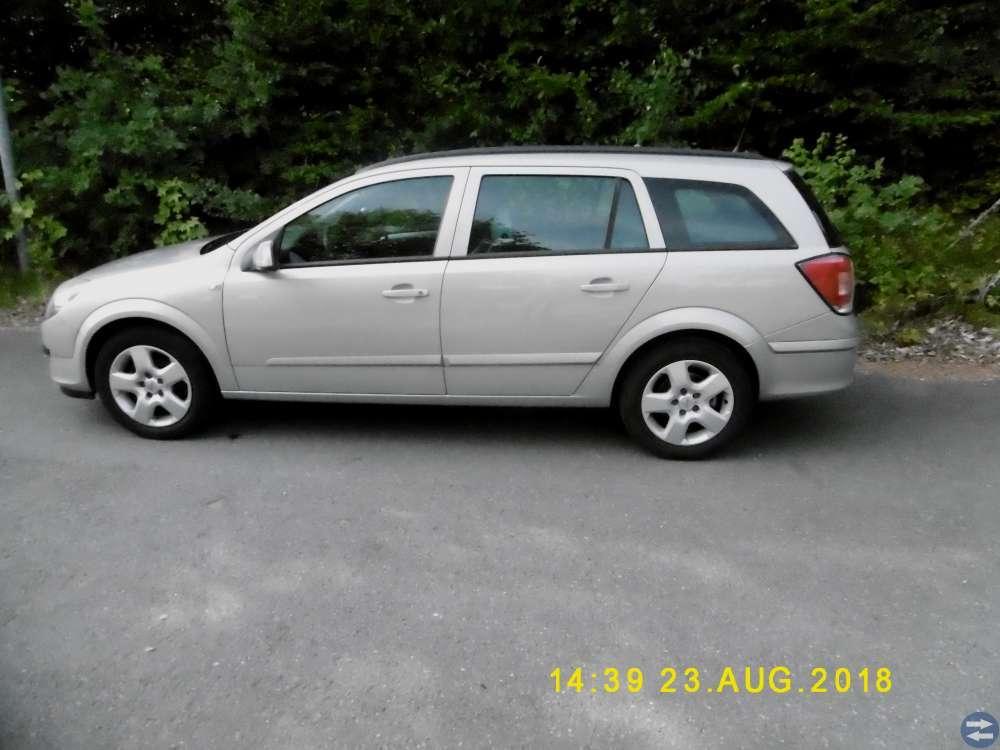 Opel Astra Enjoy 1,6 kombi-05