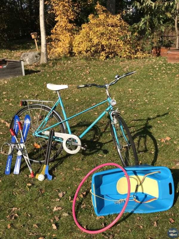 Cykel, pulka,rockring,barnskidor lampor